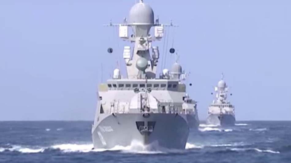 Залпы с кораблей по Сирии видео