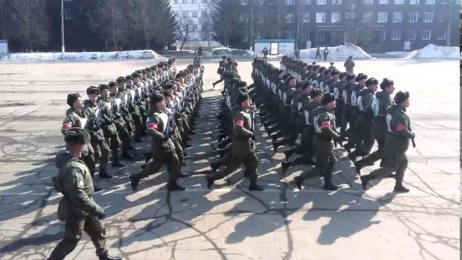 Контрактники в Кантемировской дивизии