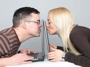Сайты знакомств: преимущества и особенности проектов