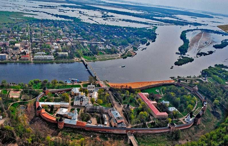Воинские части города Новгорода