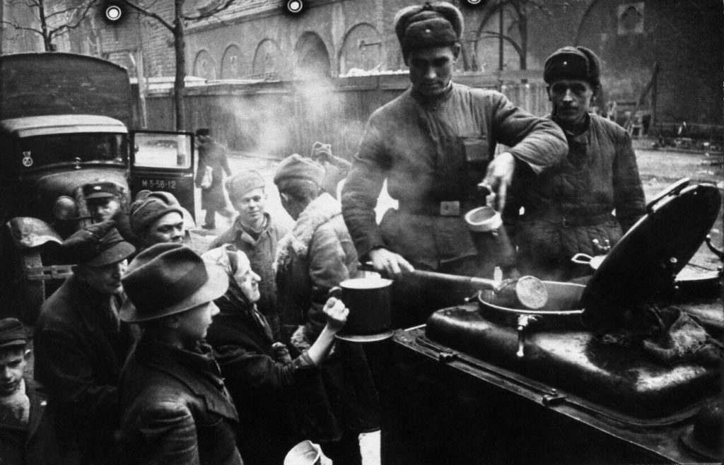 День продовольственной и вещевой службы ВС России
